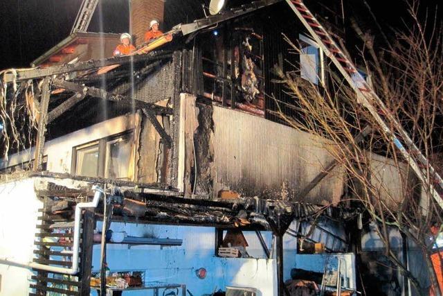 Haus durch Brand zerstört