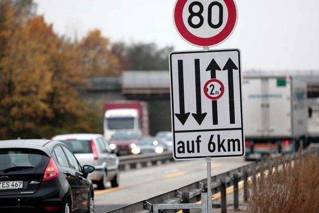In Autobahn-Baustellen wird das Überholen verboten