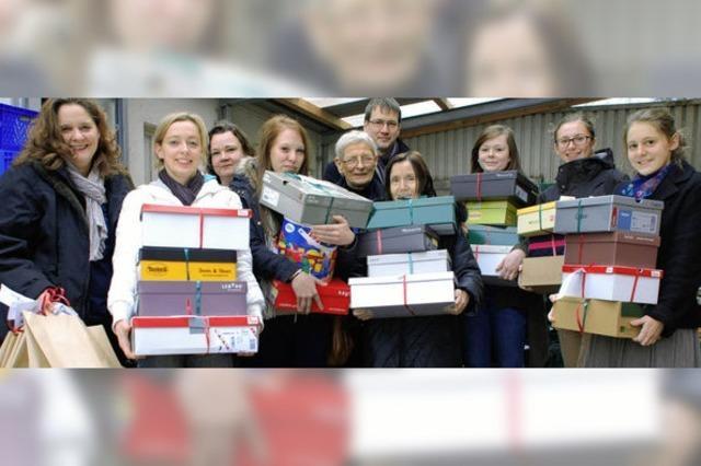 300 Pakete für Kinder von Tafel-Kunden