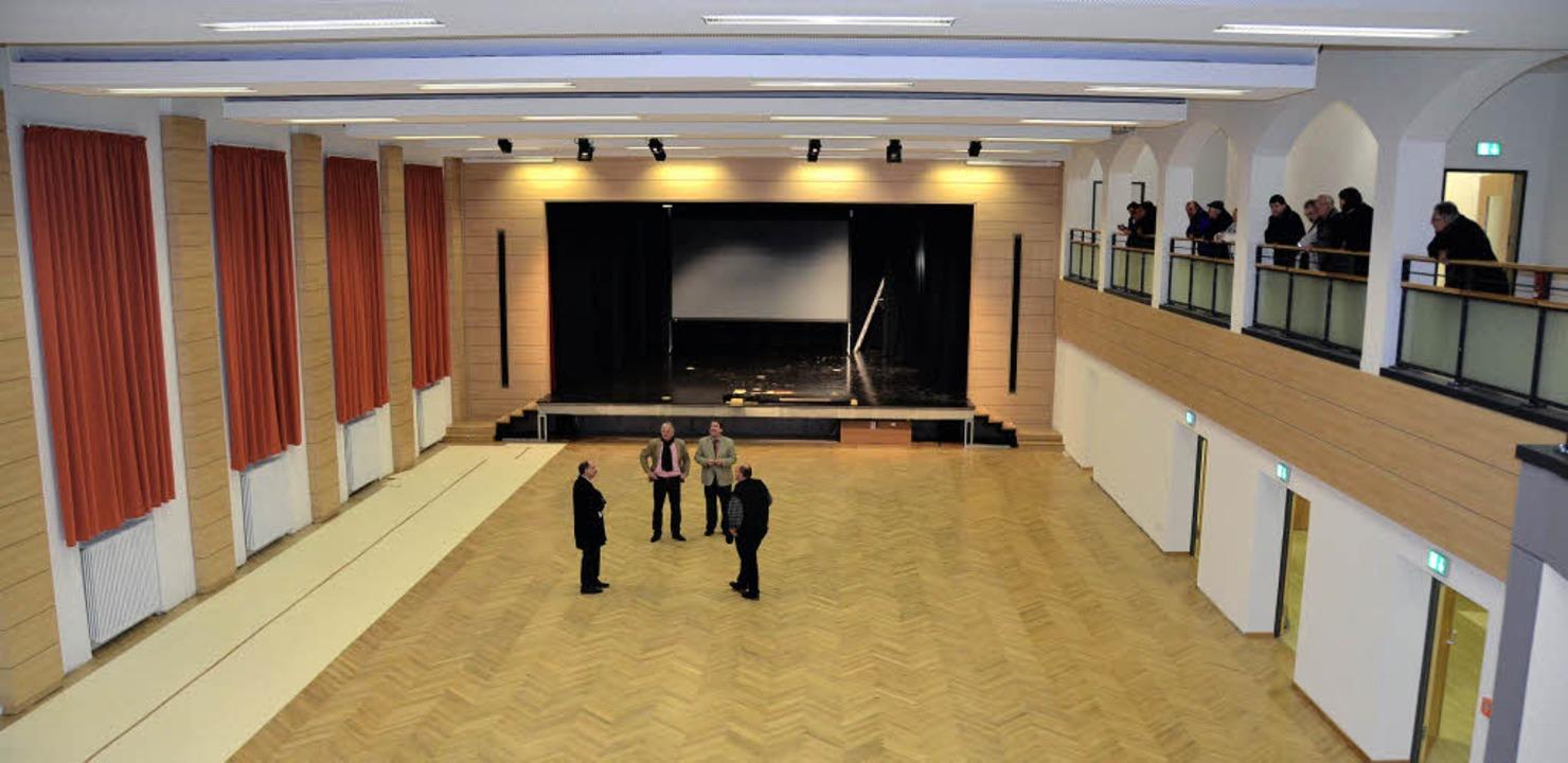 Die Sanierung der Löffinger Festhalle,...tigung am Donnerstagabend überzeugen.   | Foto: Martin Wunderle