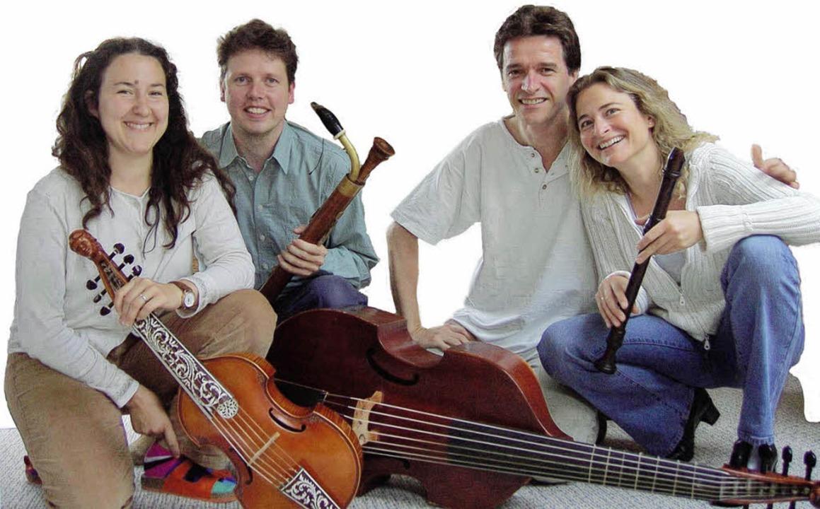 Die Eheleute Leitherer (links) und Bereuter musizieren  | Foto: Privat