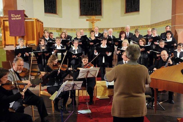 Chor, Orchester und Solisten überzeugen