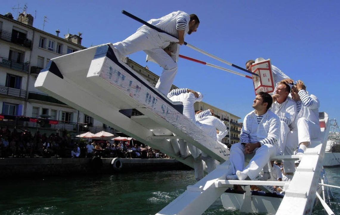 Gleich geht einer  baden: Fest der Fis...techer im französischen Staint Louis.   | Foto: günter Schenk
