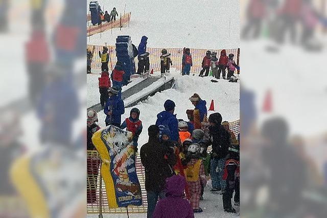 Kinder erhalten Skiführerschein