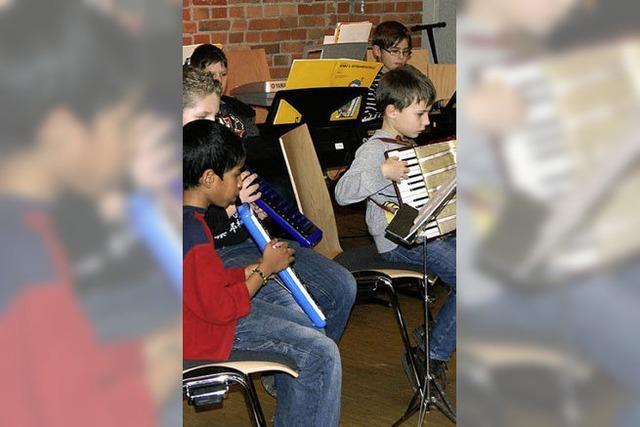 Junge Musiker trotzen dem Lampenfieber