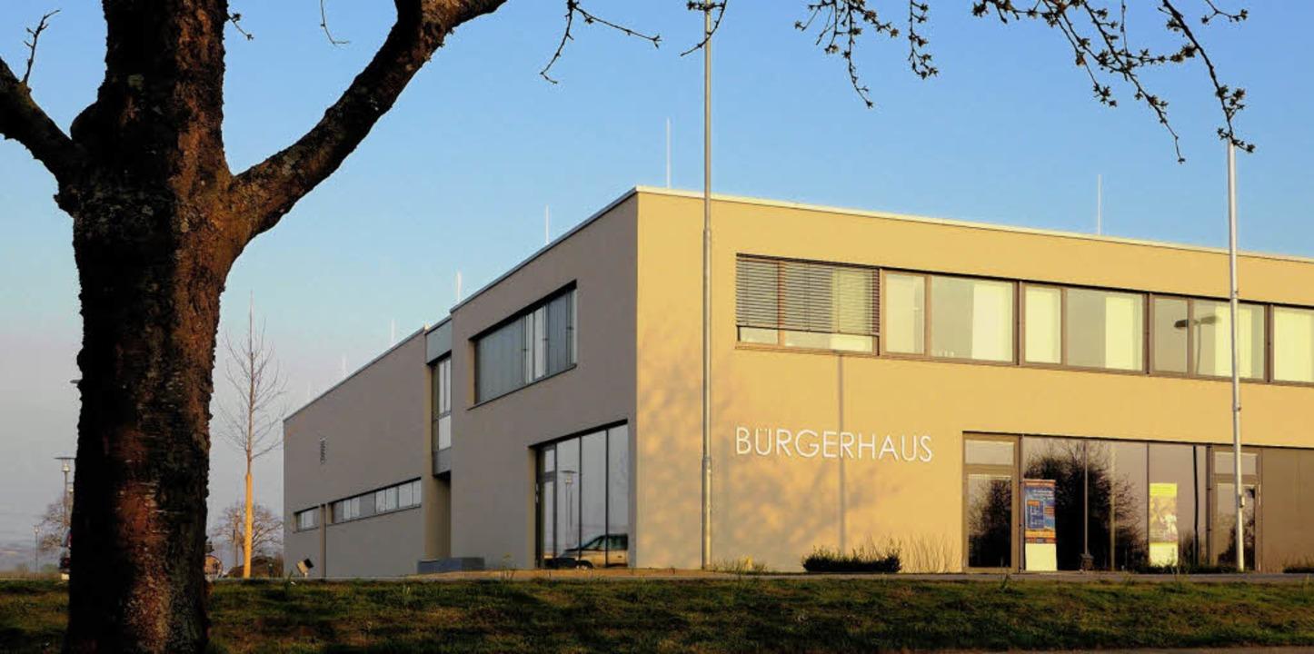 Das Rheinhausener Bürgerhaus hat 4,6 Millionen Euro gekostet.    Foto: Siegfried Gollrad
