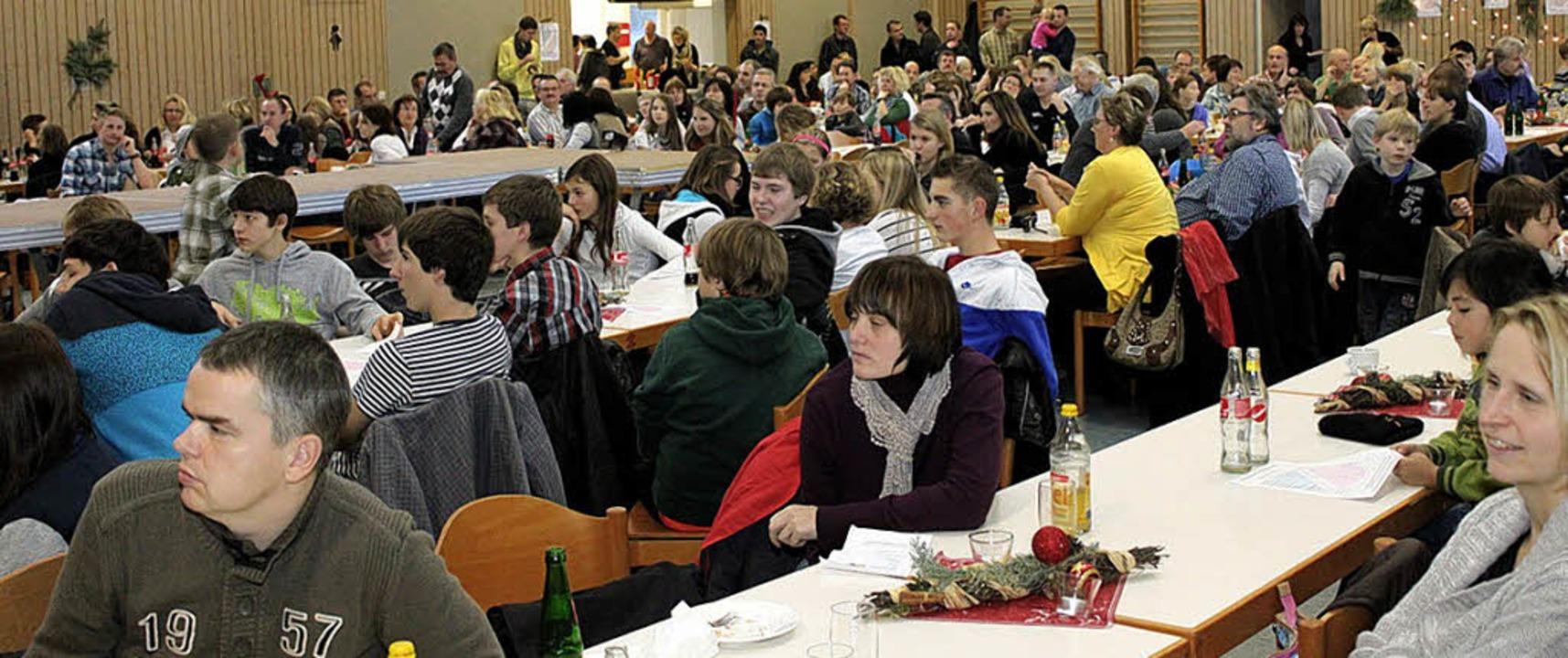 Voll besetzt war die Stadthalle bei de...chtsfeier der SG Mahlberg-Orschweier.     Foto: Privat