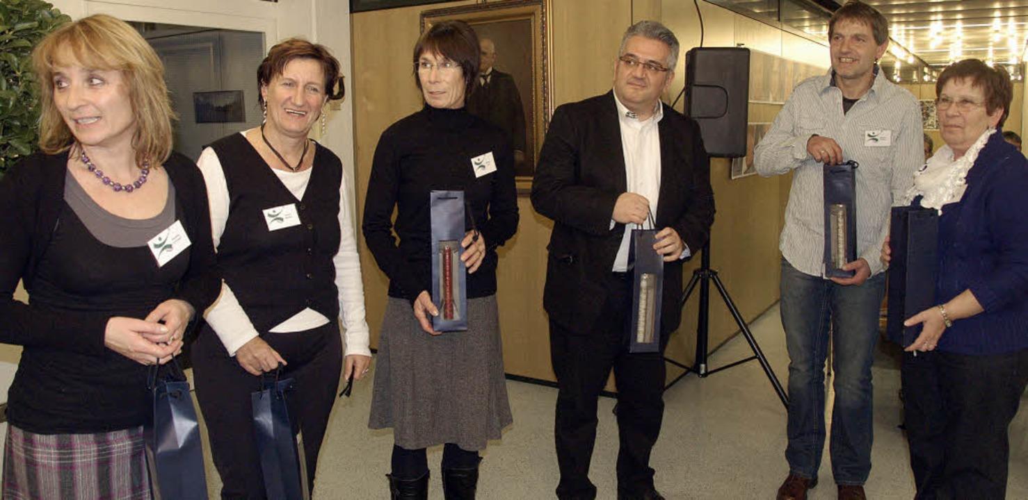 Zum Start gab es für das Team der Agentur Anerkennung für die Aufbauarbeit.     Foto: Ingrid Böhm-Jacob