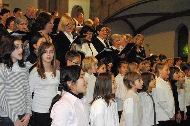 Wie Singen und Musizieren Generationen vereint