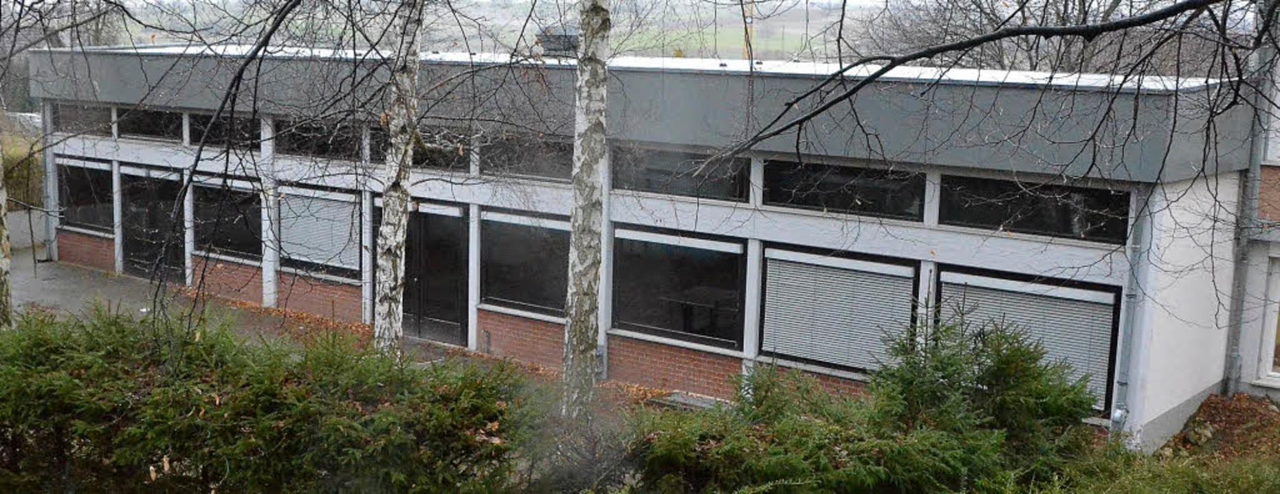 Sanierungsfall Gemeindehalle: Rund 450... im kommenden Jahr 40 Jahre alt wird.   | Foto: Markus Maier