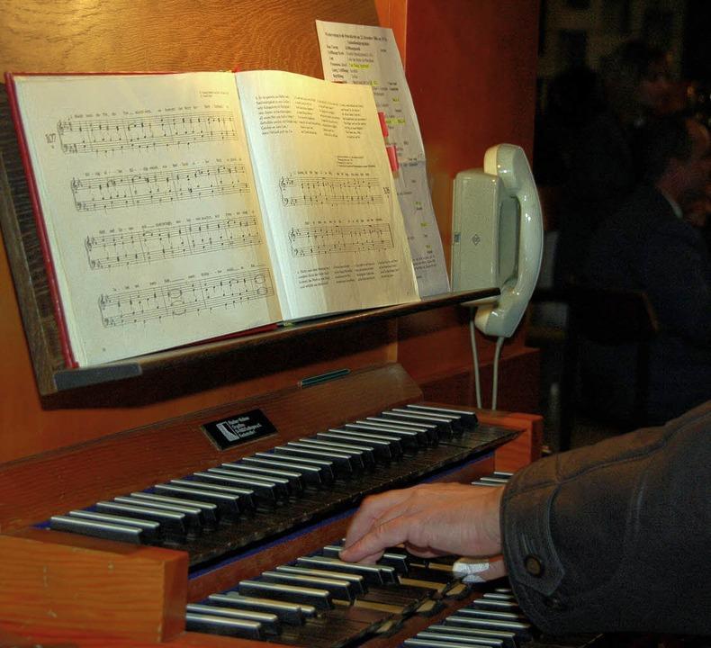 Festliche Musik gehört zu den Gottesdiensten an Weihnachten.   | Foto: Trenz