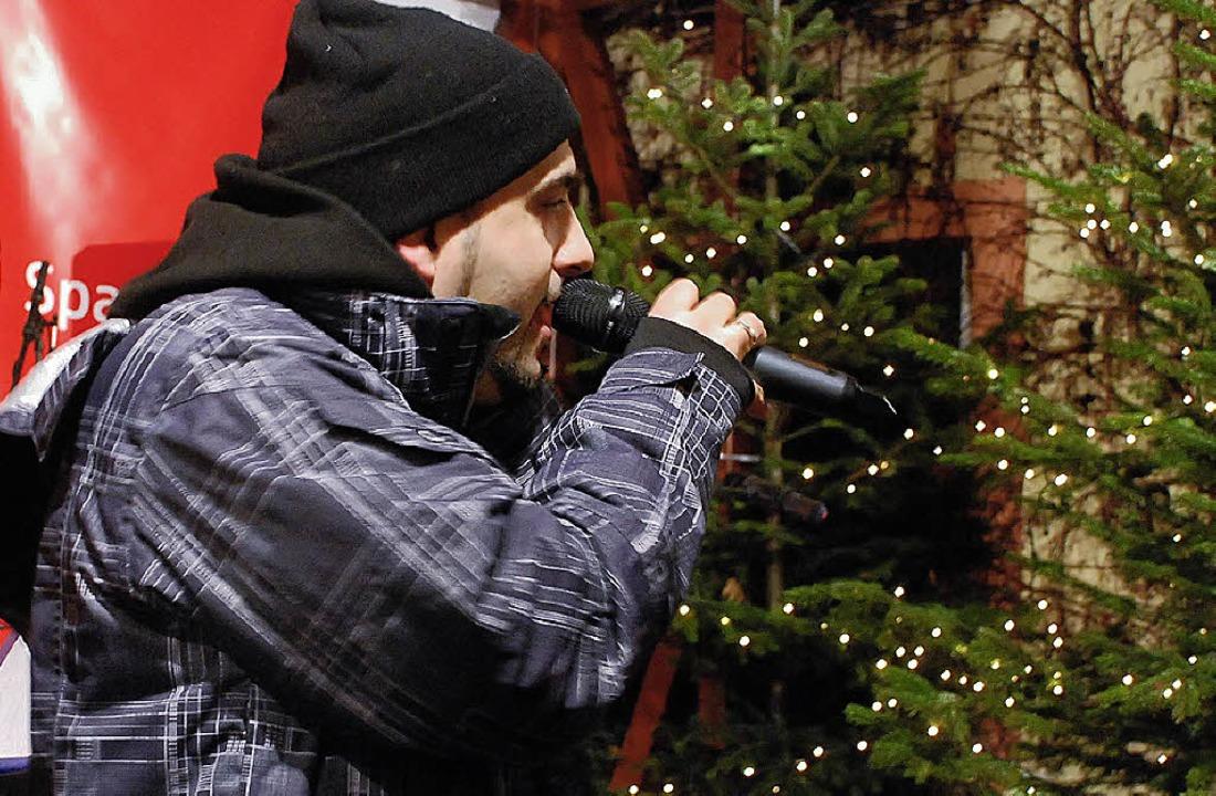 Claudio Esposito sang seine Offenburg-Hymne.   | Foto: Gertrude Siefke