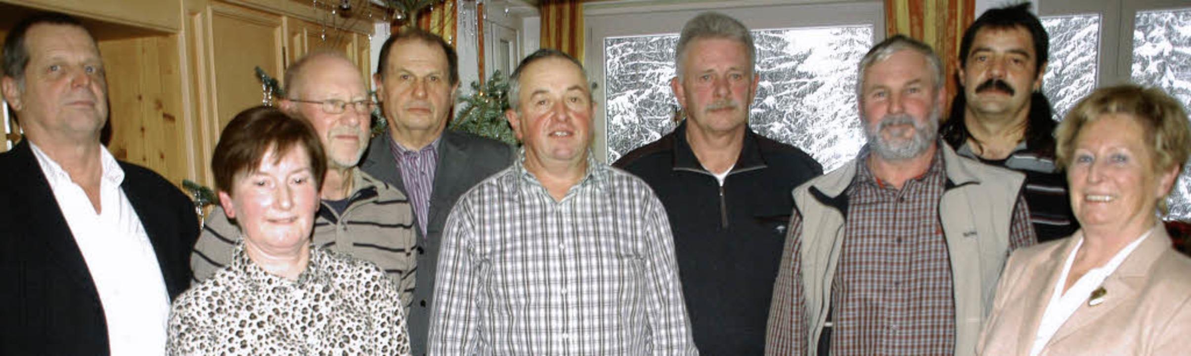 Die Firmengruppe Vogel-Walliser ehrte ...anche in den wohlverdienten Ruhestand.    Foto: Verena Wehrle