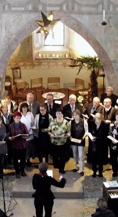 Bewegende Lieder brachte der Gesangver...st vom ersten Weihnachtsfeiertag ein.     Foto: Sigmund Eckard