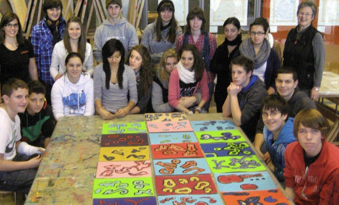 Angeregt durch Klees Werke fertigten d...hüler in Bern ihre eigenen Kunstwerke.    Foto: BZ