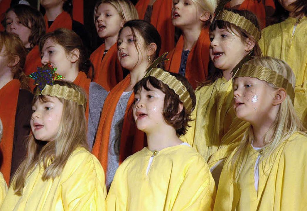 Kinderchor im Weihnachtsmusical    | Foto: Britta Wieschenkämper