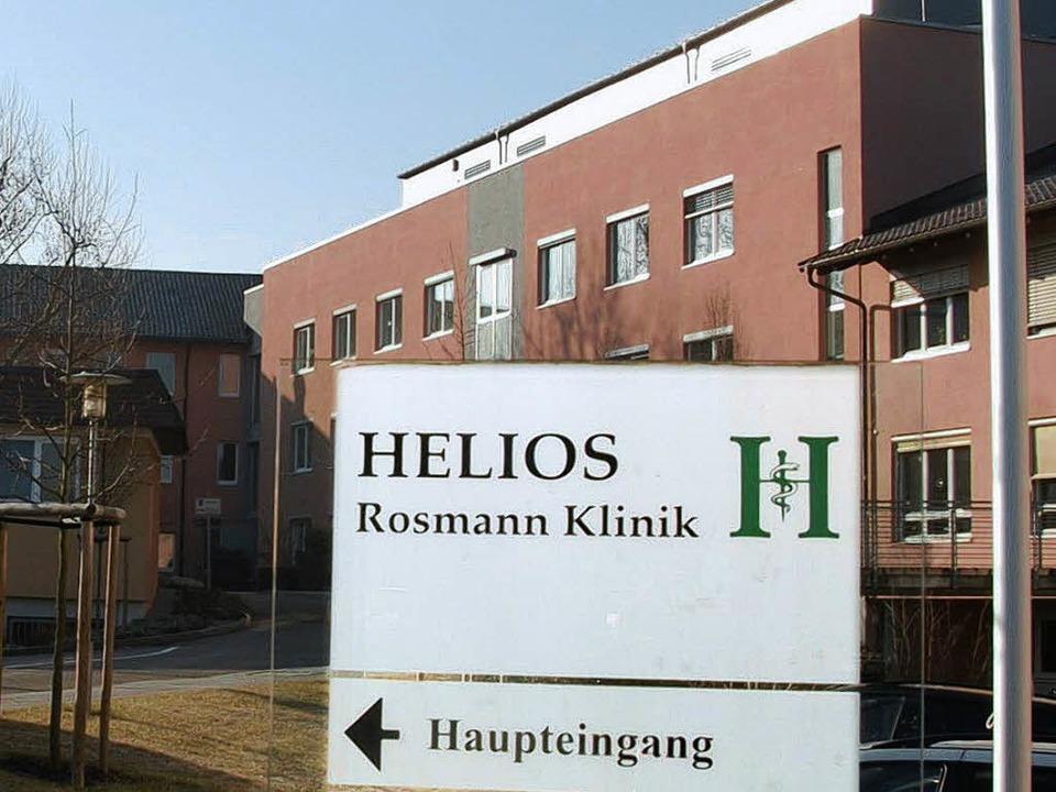 Die Helios-Rosmann-Klinik in Breisach ...bulanz nicht alle Patienten behandeln.    Foto: Christine Aniol