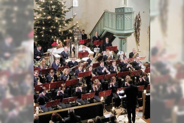 Kirchenraum erfüllt von Klängen