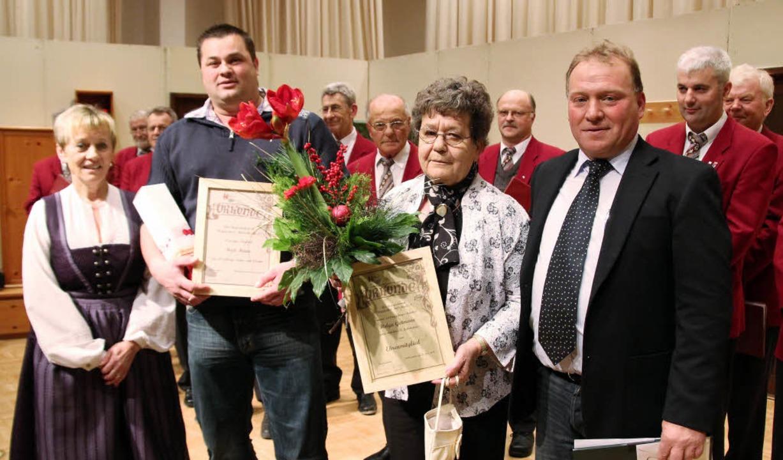 Der Vorsitzende des RSV, Johannes Wies...mann  wurde zum Ehrenmitglied ernannt.    Foto: Michael Saurer