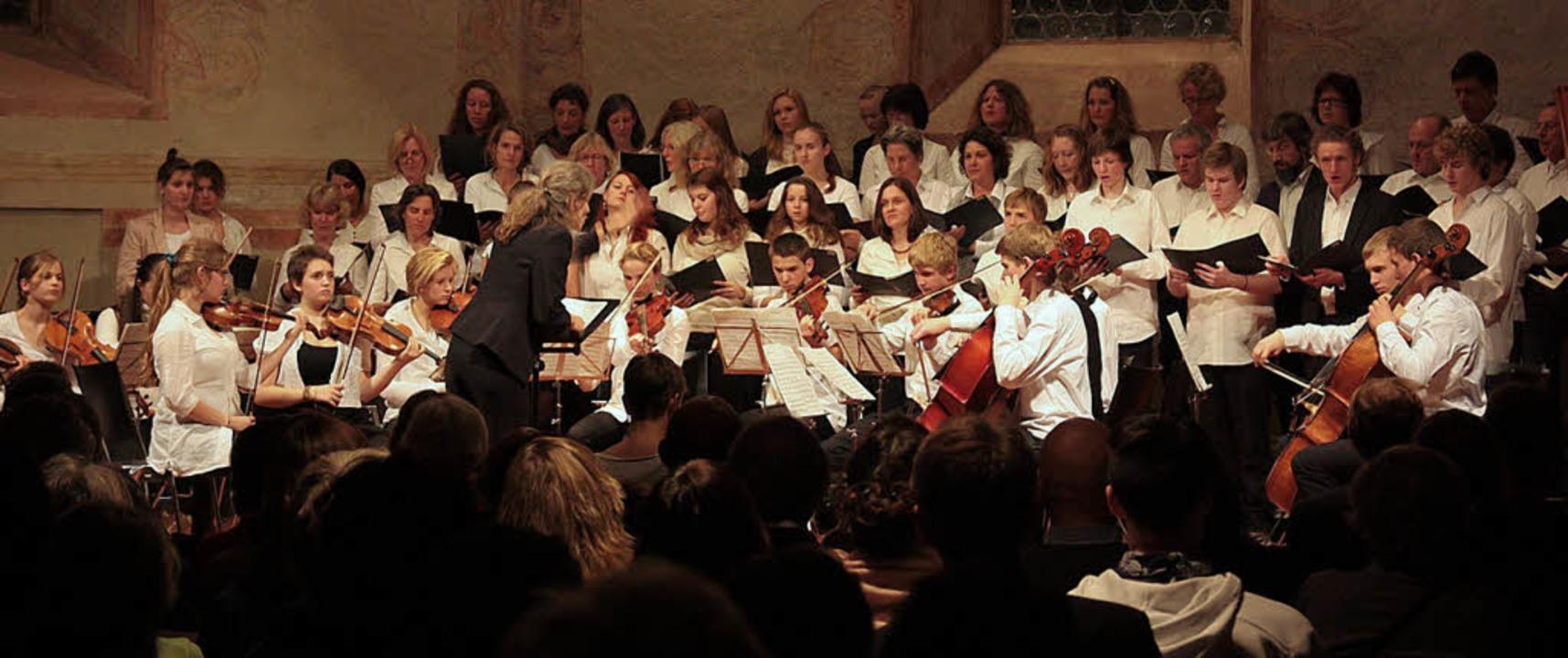 Chor und Orchester der Waldorfschule  ...nzert in der Müllheimer Martinskirche   | Foto: Dorothea Koelbing