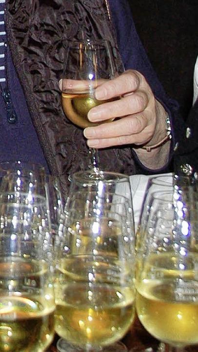 Auch Zeit für ein Gläschen Wein wird w...bei den Neujahrsempfängen im  Rebland.  | Foto: VL