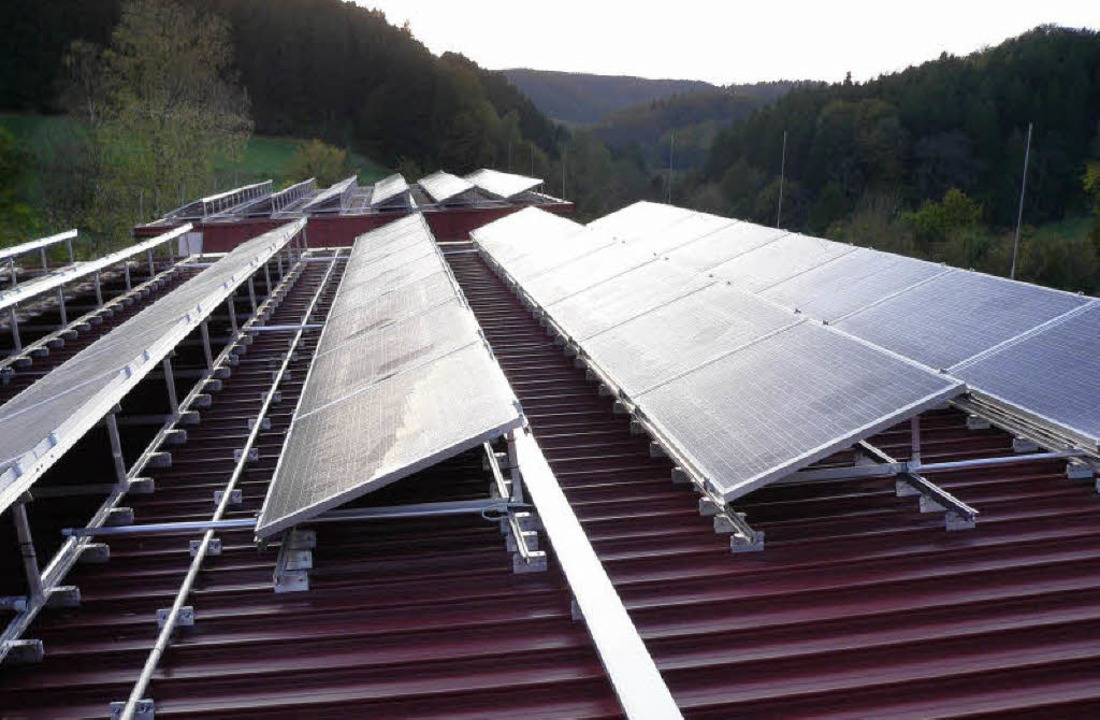 Photovoltaikanlagen – wie hier a...rweile zum Landschaftsbild im Elztal.     Foto: Kurt Meier