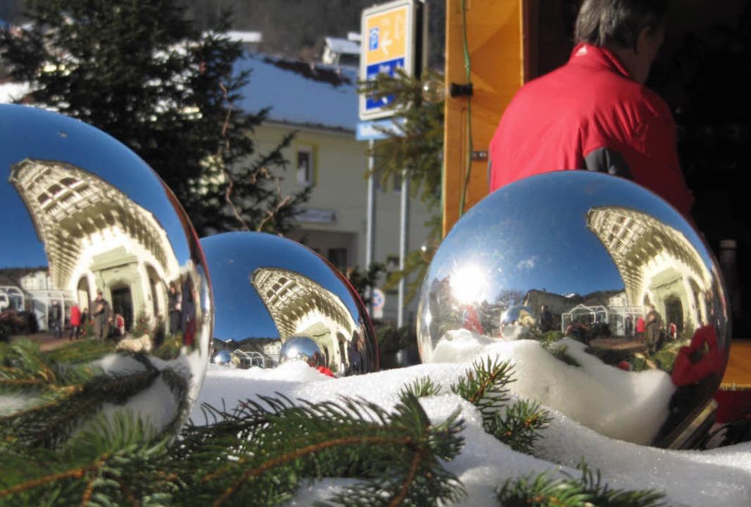 Mit einer schön dekorierten Innenstadt...uck ist ein vereinseigenes Deko-Team.   | Foto: Susanne Filz