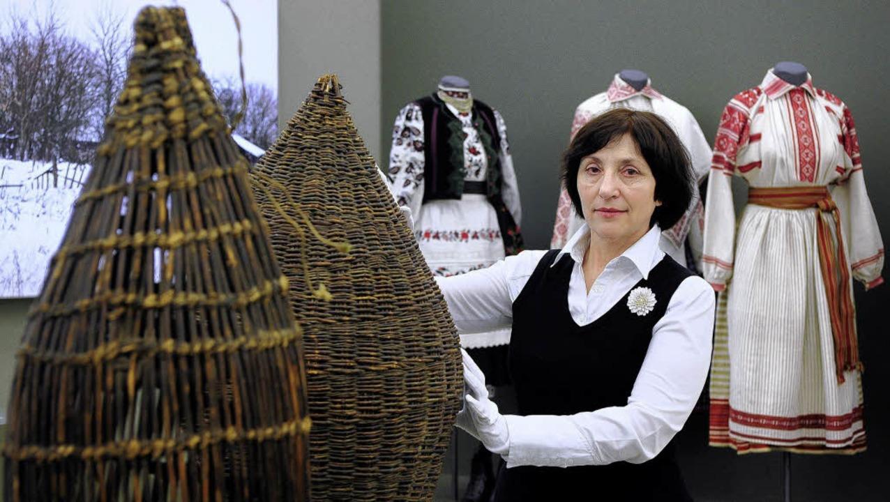 Ludmila Bulhakova in der Ausstellung im Augustinermuseum  | Foto: thomas kunz