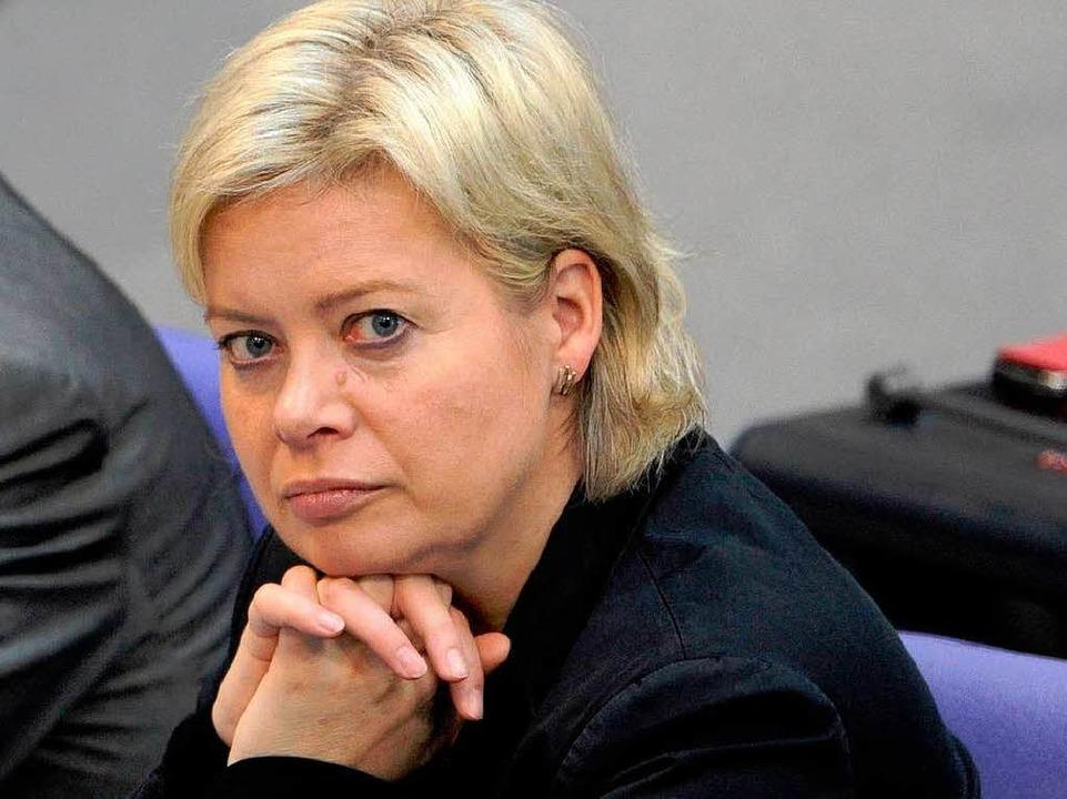 Will Chefin bleiben: Gesine Lötsch  | Foto: dpa