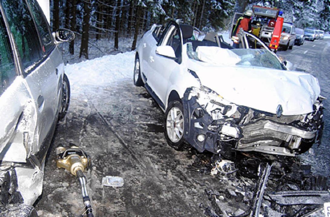 Zwei Verletzte forderte ein Glatteisun...er L156 zwischen Neustadt und Kappel.   | Foto: KaMera24