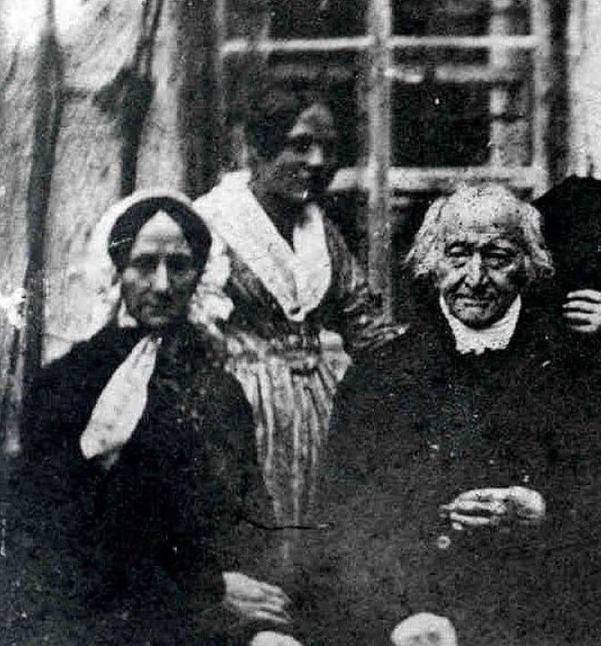 Das Foto von 1840 zeigt angeblich Constanze Mozart, 78-jährig.  | Foto: unbekannt