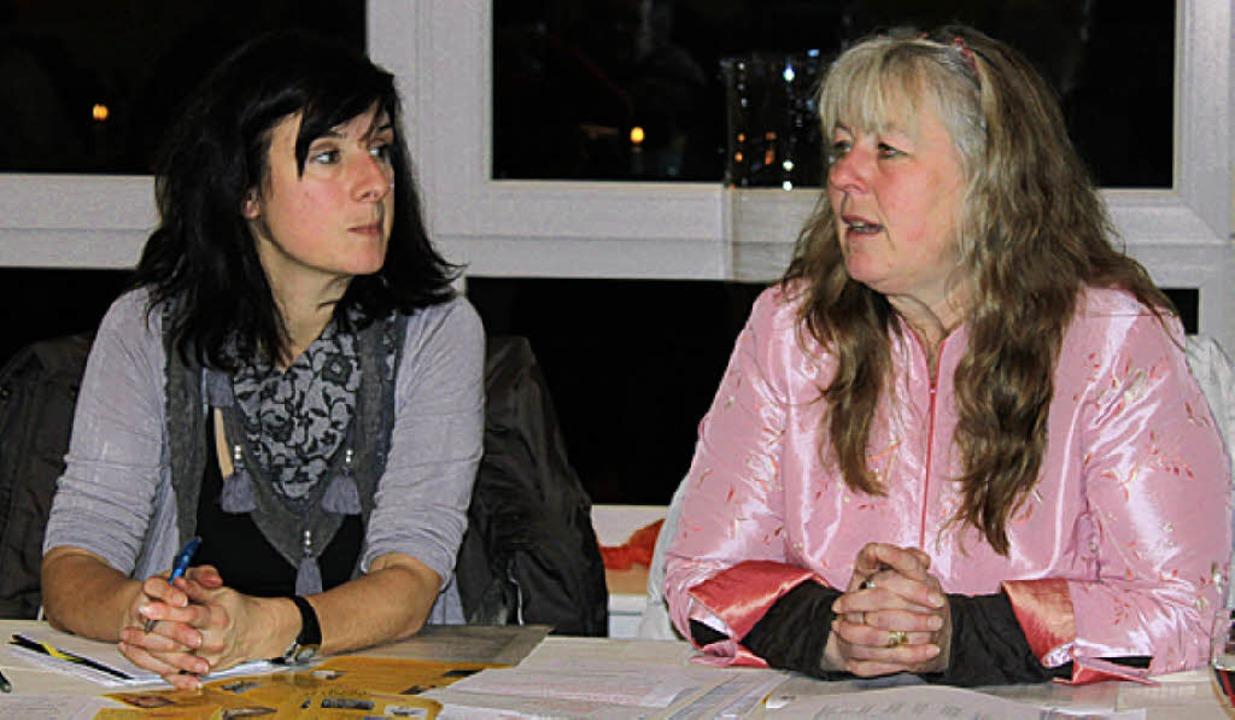 Die erfolgreich agierende Gudrun Deinz...ftführerin Bernadette Tröndle (links).  | Foto: Martha Weishaar