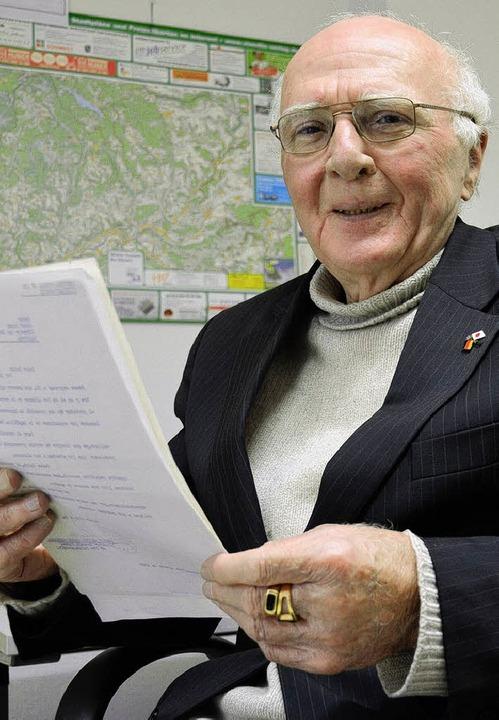 Josef Reich ist ein weitgereister Mann...er anderem in öffentlichen Vorträgen.   | Foto: Susanne Filz