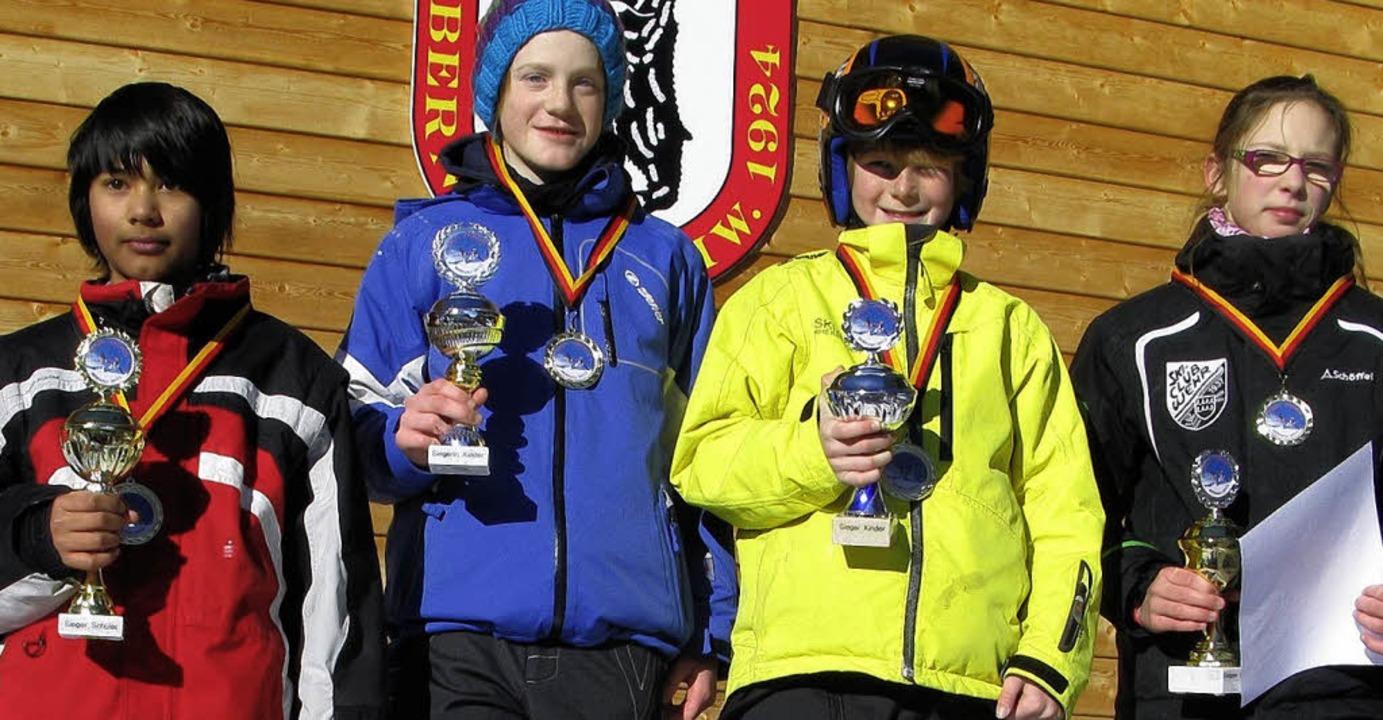 Tagessieger des Kinder- und Schülertes...nfelden) und Milena Kaiser (SC Wehr).   | Foto: Spiegelhalter