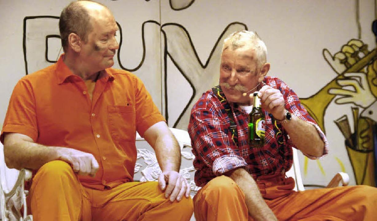 Die Strooßefeger Harald Ettlin (links)...r Lützelschwab sind schon lange dabei.  | Foto: Ralf Staub