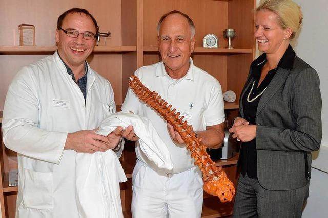 Helios-Klinik holt renommierten Chefarzt für die Wirbelsäulenchirurgie