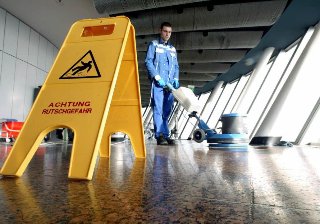 Häufiger Arbeitsplatz für Minijobber: die Gebäudereinigungsbranche.  | Foto:  honorarfrei