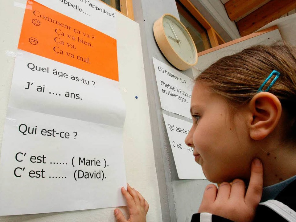 Überfordert das frühe Erlernen eine Fremdsprache Grundschulkinder?    Foto: dpa
