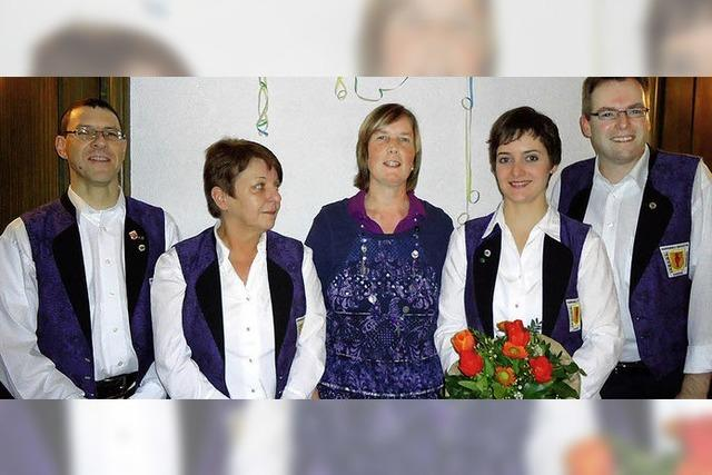 Pamela Wechlin führt Harmonika-Orchester