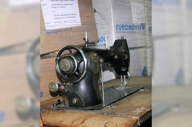 30 alte Nähmaschinen für Uganda
