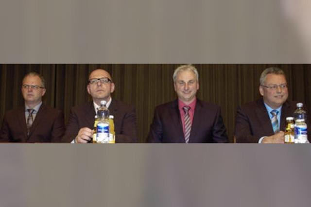 Vier Kandidaten auf Augenhöhe