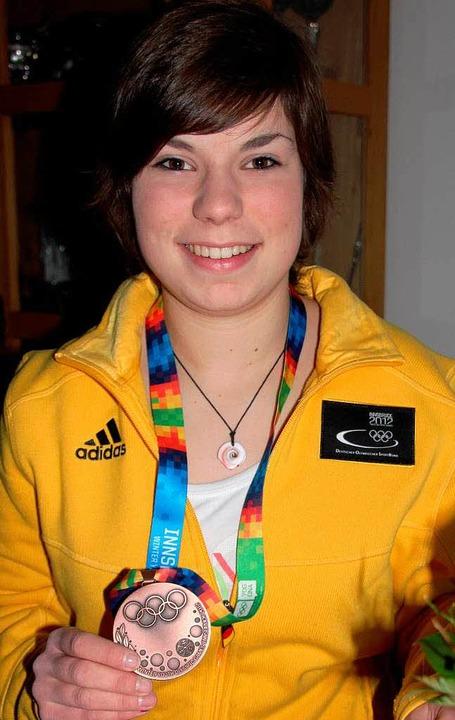 Eishockey-Talent Thea Hoppe aus Heiter...hen Jugend-Winterspielen gewonnen hat.  | Foto: Sabine Model