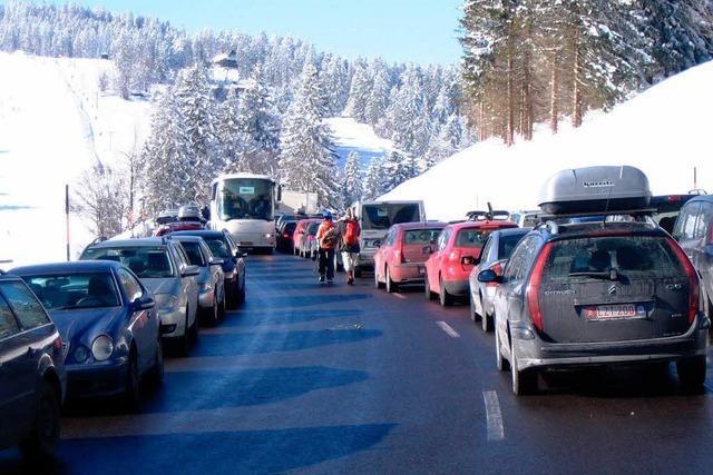 Feldberg: Zu wenig Parkplätze für Skifahrer