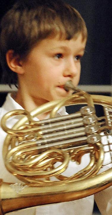Johannes Birth am Horn und Joachim Weh...chülerkonzert im Trompeterschloss auf.  | Foto: ralph fautz