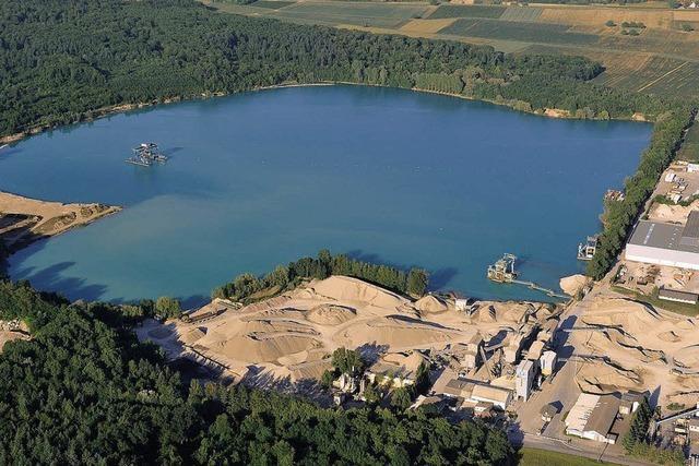 Rimsinger Baggersee: 200 Meter Sandstrand für Badegäste