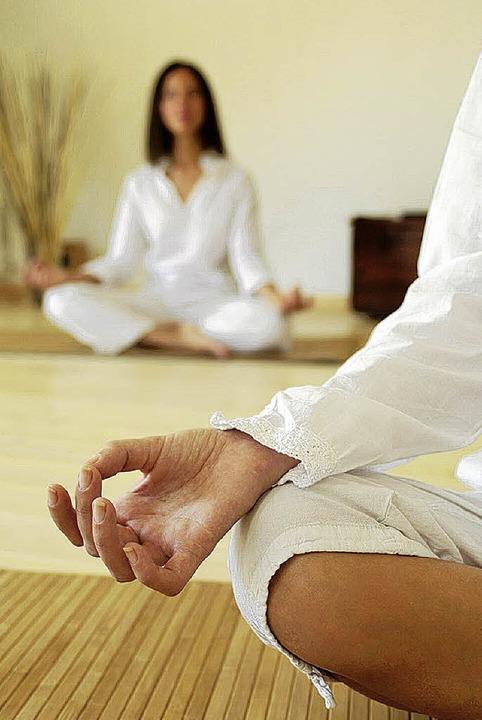 Vorbild für die Achtsamkeitsübungen: die Meditation   | Foto: vision images (fotolia)