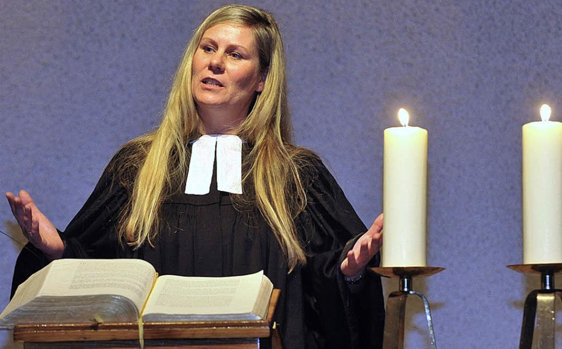 Anke Ruth-Klumbies bei ihrem Abschieds...ango-Messe, in der Auferstehungskirche  | Foto: Michael Bamberger