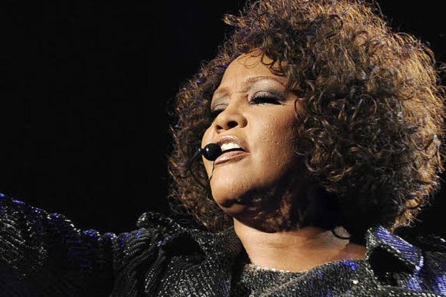 Whitney Houston - Abstieg eines Stimmwunders