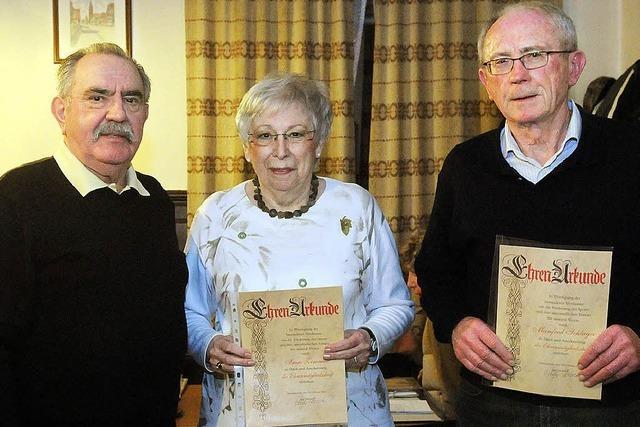 Der TTC Nonnenweier hat drei neue Ehrenmitglieder