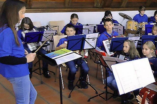 Junge Musiker in Spiellaune